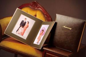 1年に1回の「家族写真」を撮り重ねて成長するファミリーアルバムは、家族の宝物です。